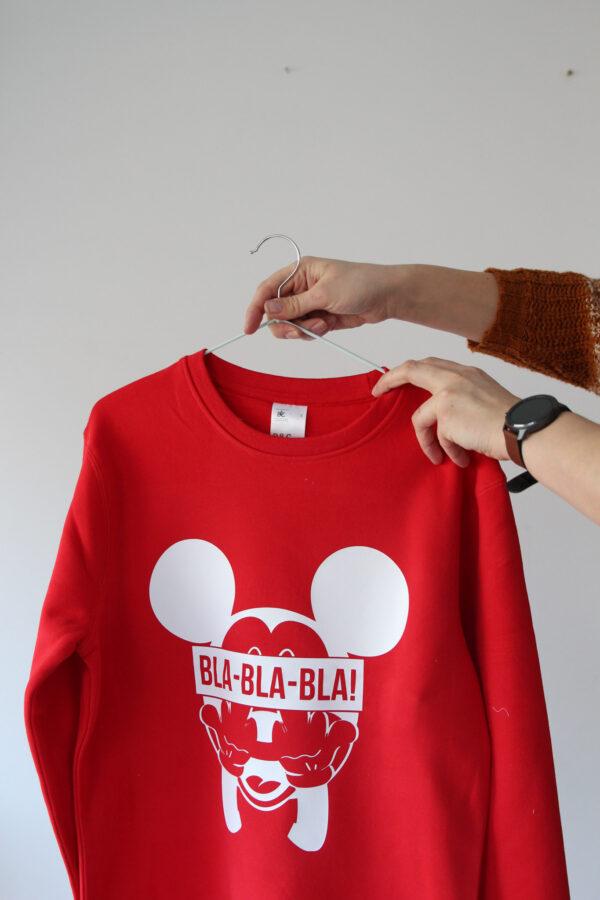 Black GIraffe punane hoodie